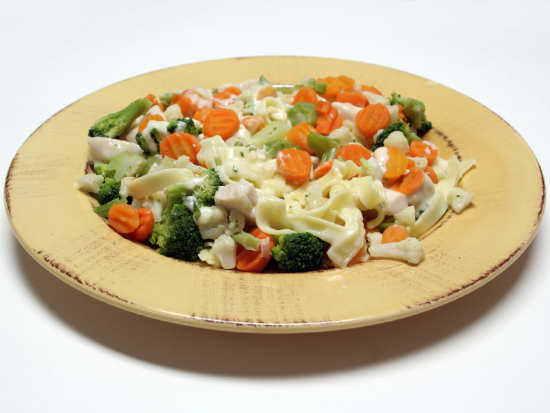 alfredo with vegetables