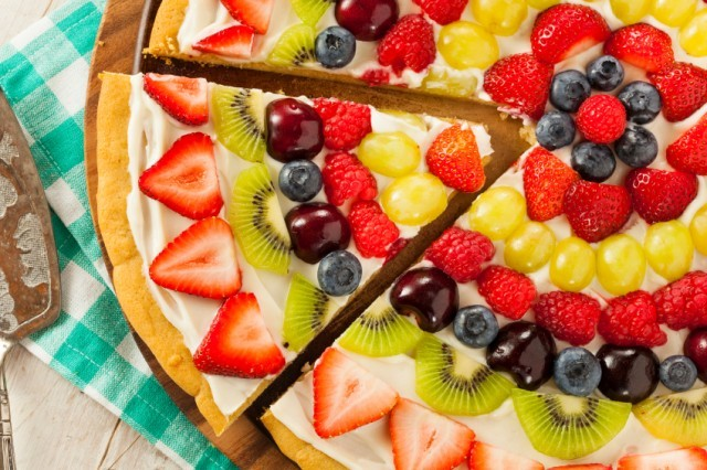 Homemade Natural Fruit Pizza, frosting