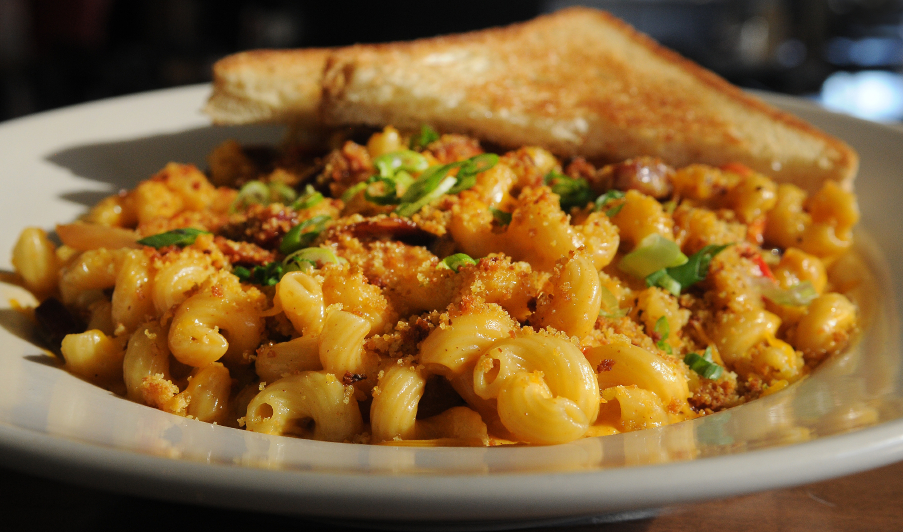 Macaroni and Cheese, breadcrumbs