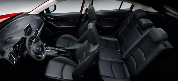 Mazda 3_interior