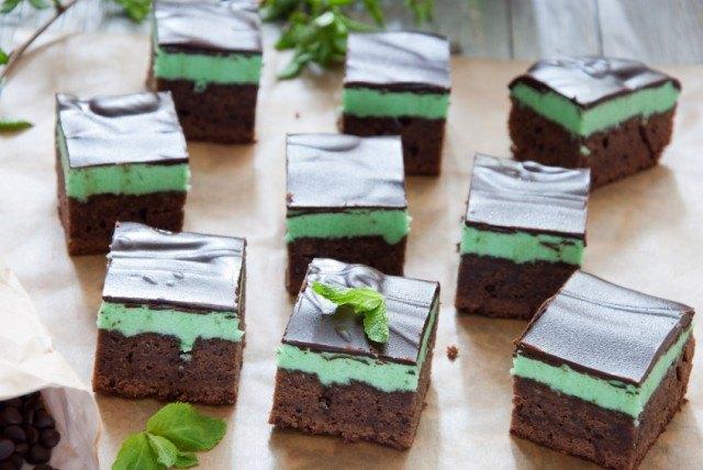 Mint Brownies, chocolate cake
