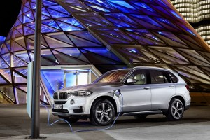 Meet the New BMW Crossover You Can Plug In, Would You Buy One?