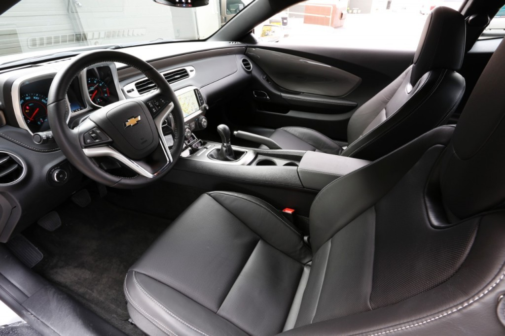 2015 Chevrolet Camaro Interior