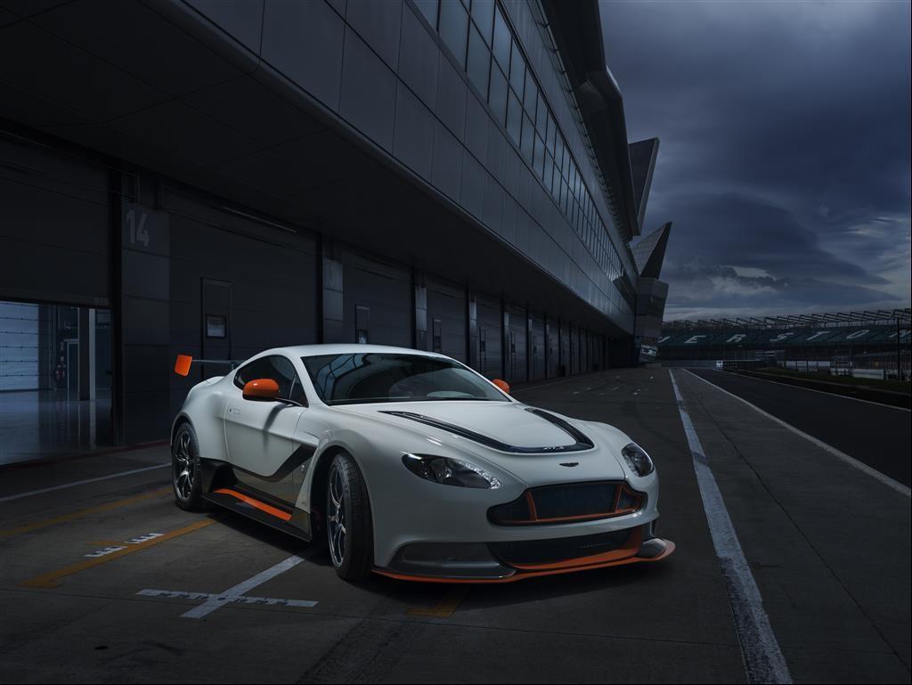 2015 Aston Martin GT3