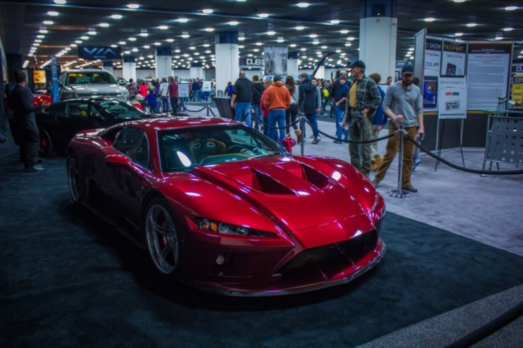 2014-NAIAS-Falcon-F7-2-1030x686