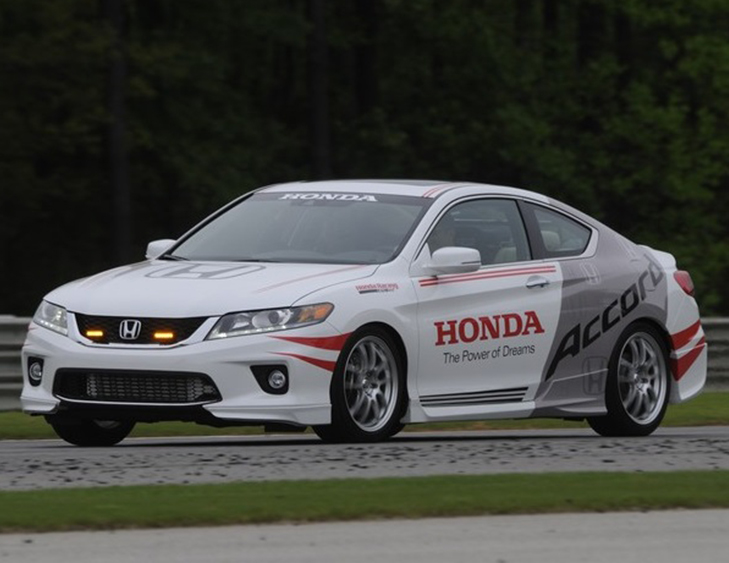 A 400 Horsepower Honda Accord Type R Is Just What America Needs