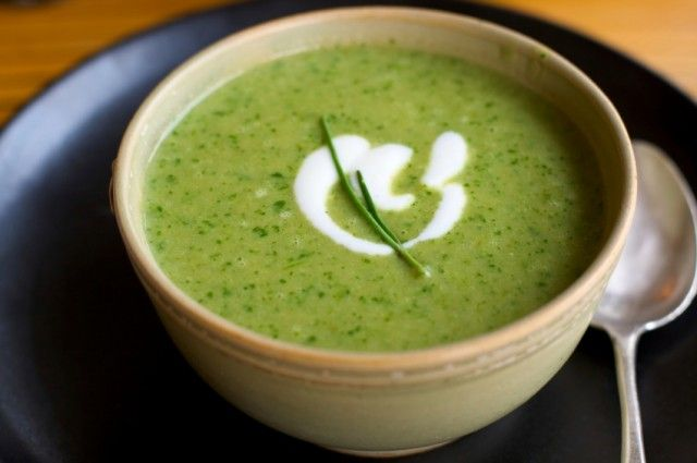 A bright green herbed soup for summer