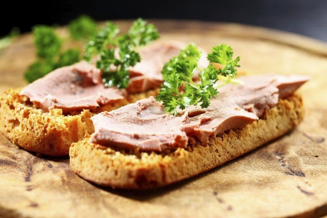 Liver on bread