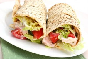 Easy Recipes for Lite Lunch Wraps You Can Bring to Work