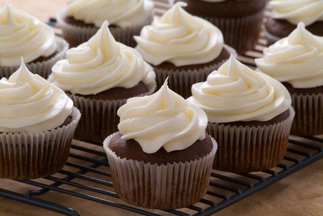 serve nutritious desserts using this cupcake recipe