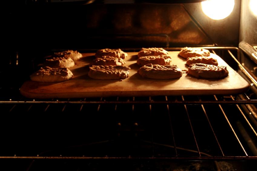 Peanut Butter Cookies, Baking