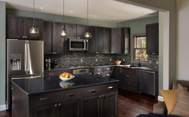 How to choose the best hardware for your kitchen cabinets for Choosing hardware for kitchen cabinets