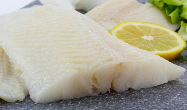 halibut filet with lemon