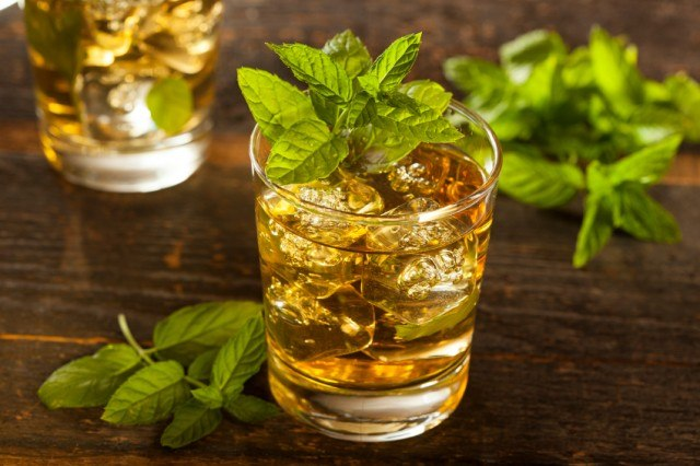 Mint Julep, whiskey