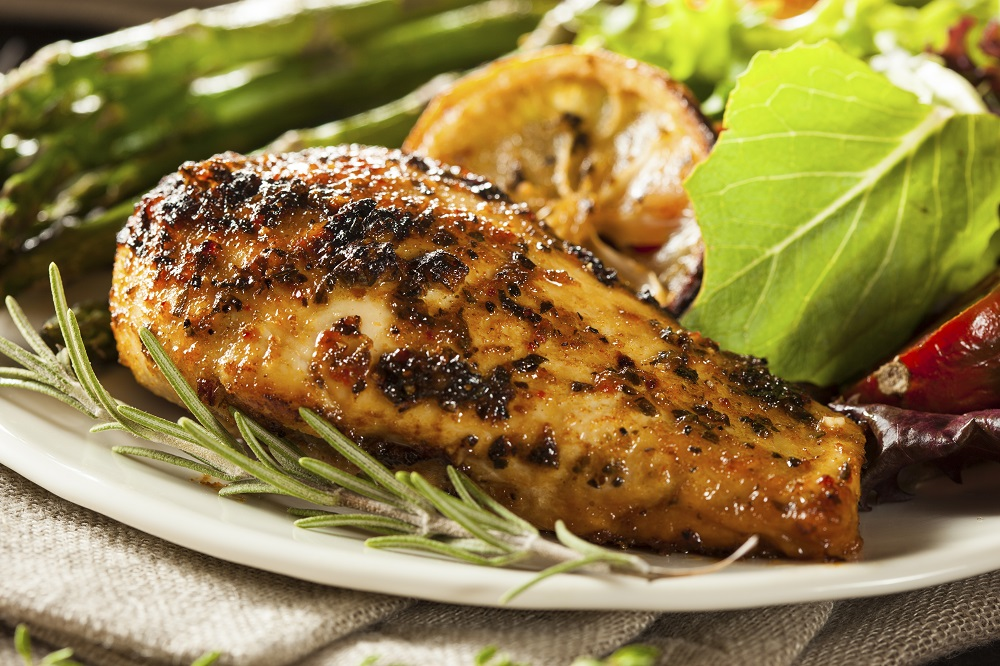 how to to cook marinated lemon and herb chicken breast