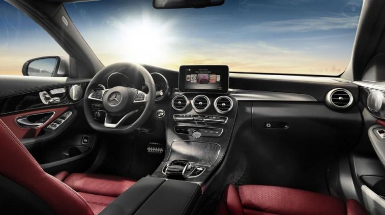 Mercedes C400 Interior