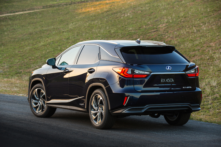 NYIAS_2016_Lexus_RX_450h_004