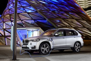 BMW and Mercedes Got New Plug-In Vehicle Pricing Right