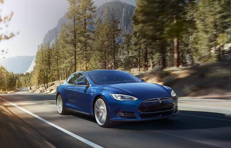 Tesla_70D_hero_blue_v2