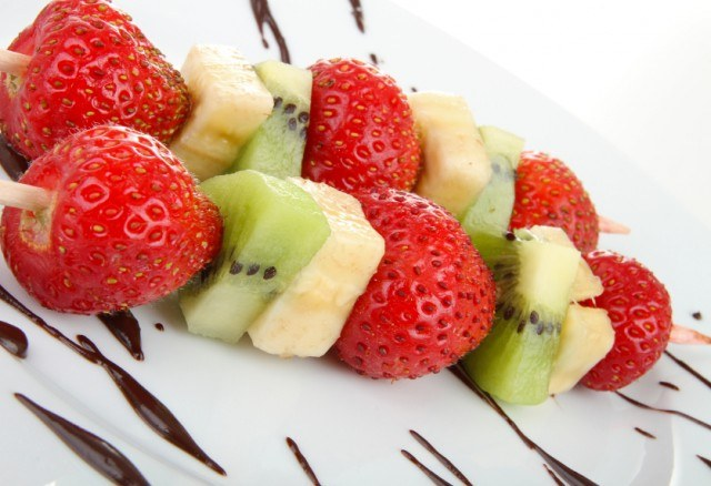 fruit skewers are fun finger foods for kids
