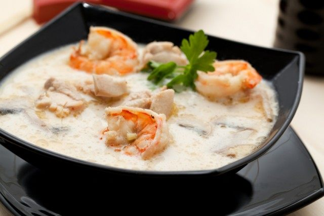 tom yum soup, shrimp coconut