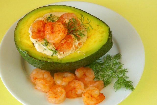 Avocado stuffed with shrimp and mayonnaise