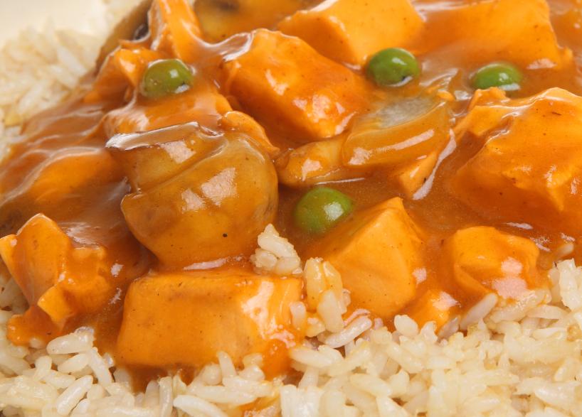 chicken curry, peas