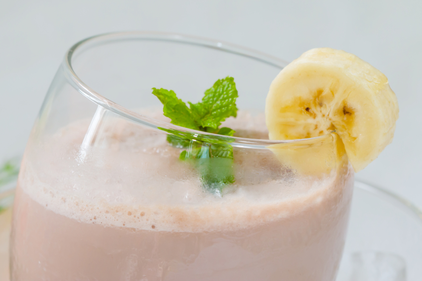 strawberry smoothie with banana