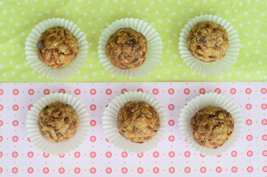 Peanut butter date balls that are ready to eat