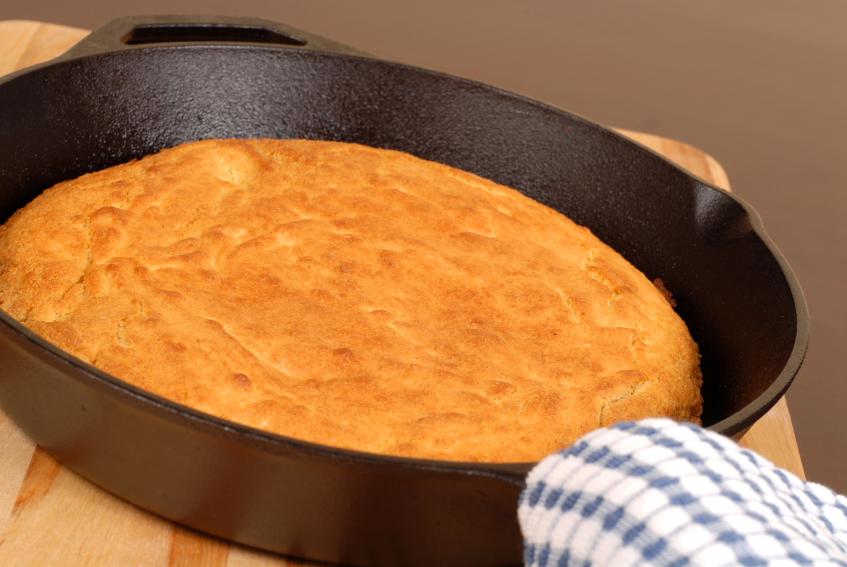 cornbread, skillet