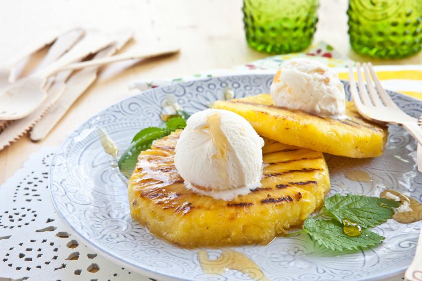 grilled pineapple, ice cream
