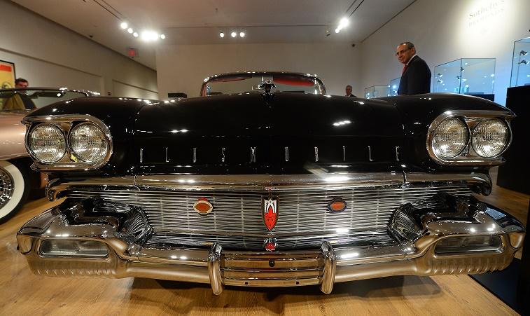 US-AUTO-AUCTION-ART OF AUTOMOBILE