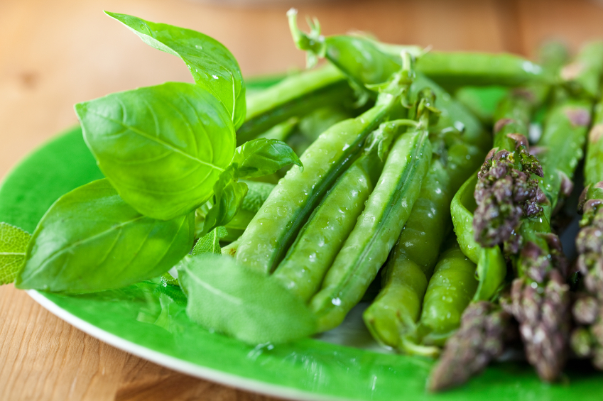 peas with herbs and asparagus