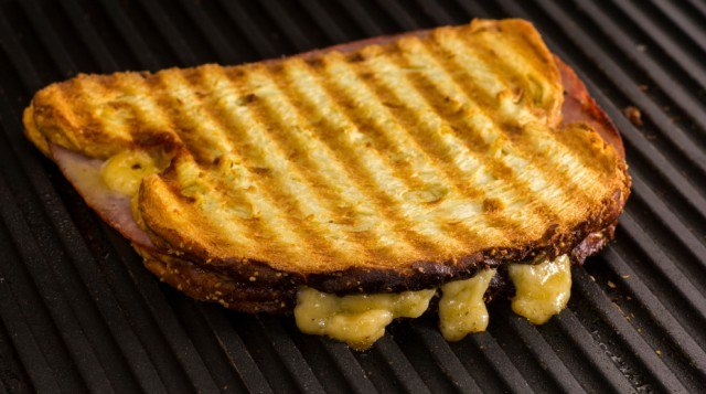 cooking a gooey grilled cheese