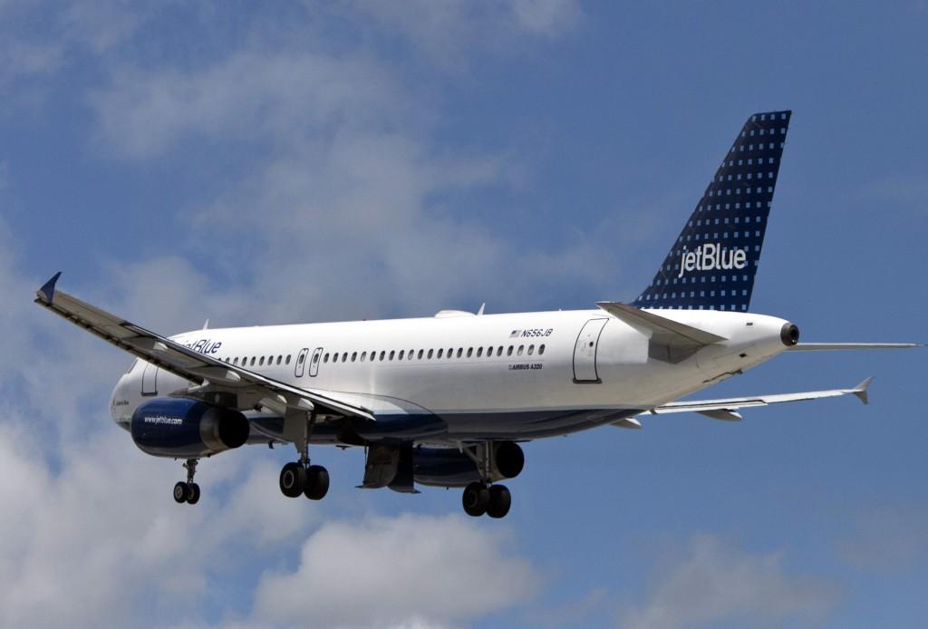 jet blue airplane