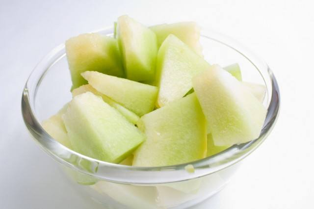 honeydew pieces in a bowl