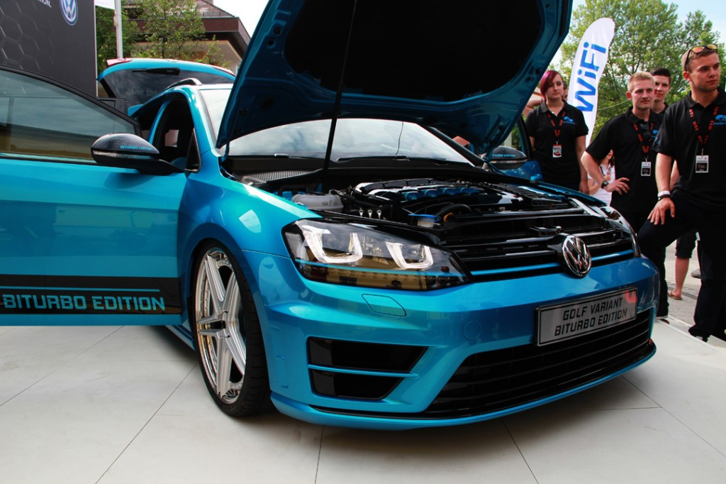 Volkswagen_Golf_Biturbo
