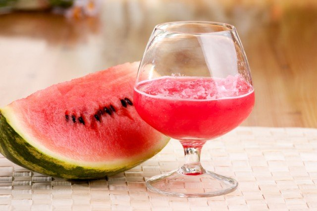 watermelon and watermelon juice