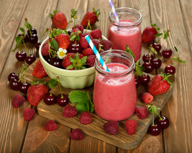 a berry smoothie is one of several cool breakfast recipes