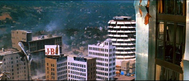 Destruction in Los Angeles in 'Earthquake.'