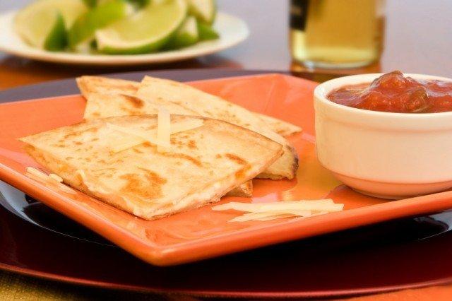 Simple quesadilla with salsa