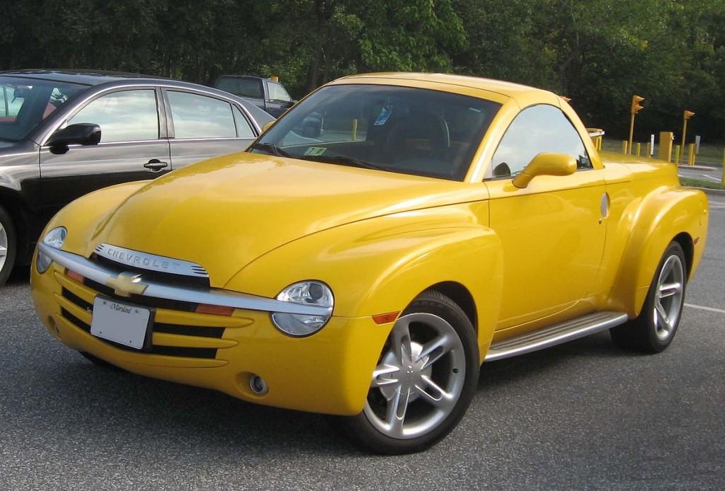 1200px-Chevrolet_SSR-1024x694