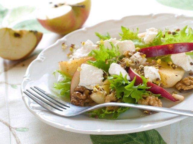 salad, arugula, walnuts