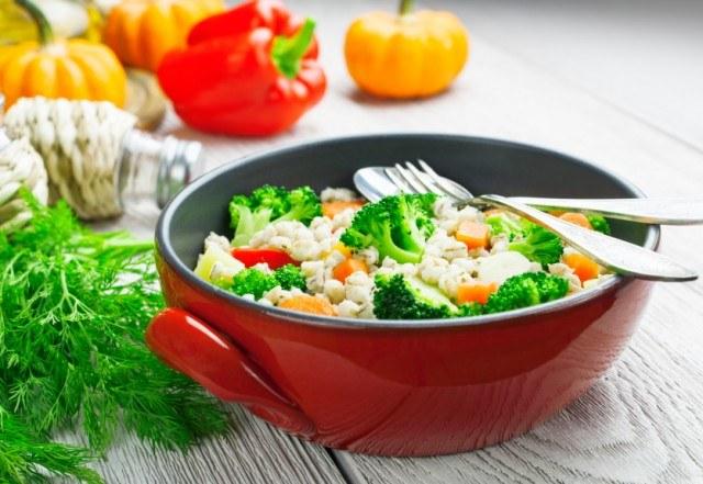barley, broccoli, salad