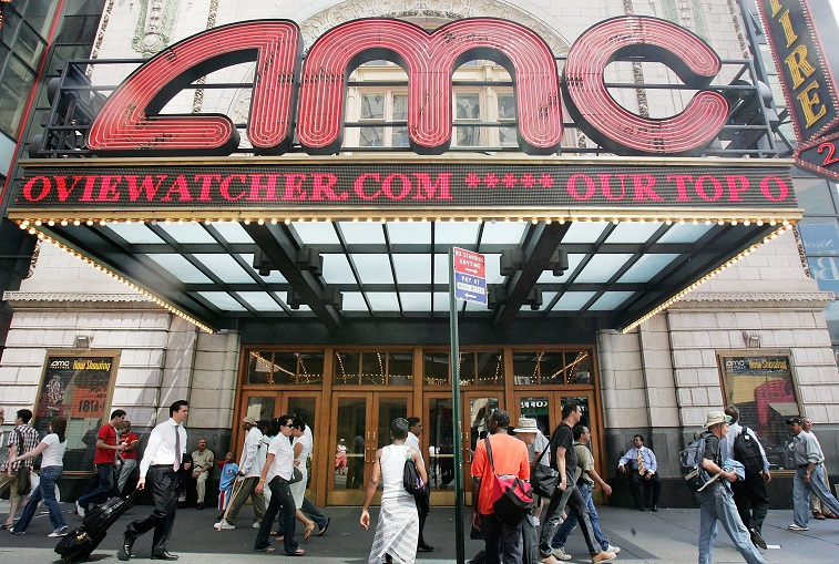 These Are the Cheapest Ways to See a Movie in the Theater