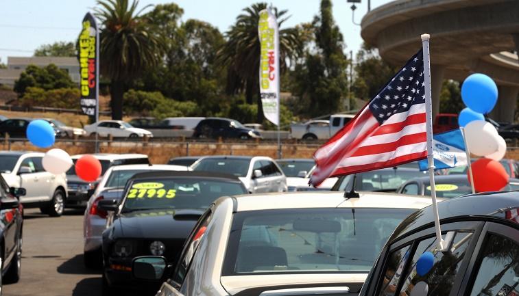 A Ford car dealer in Marina del Rey, Cal