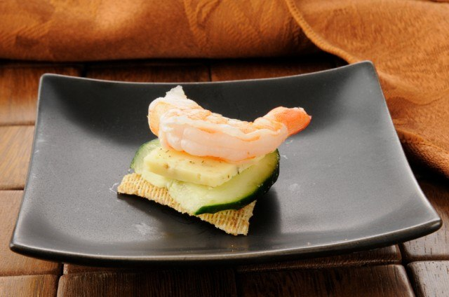 shrimp and cracker appetizers