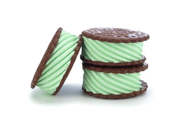 Mint ice cream sanswich