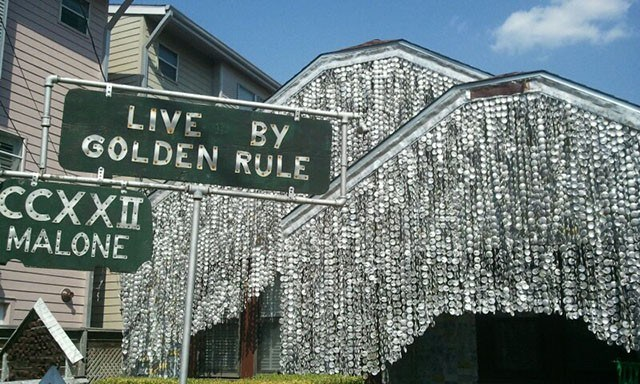 Beer Can House, Texas