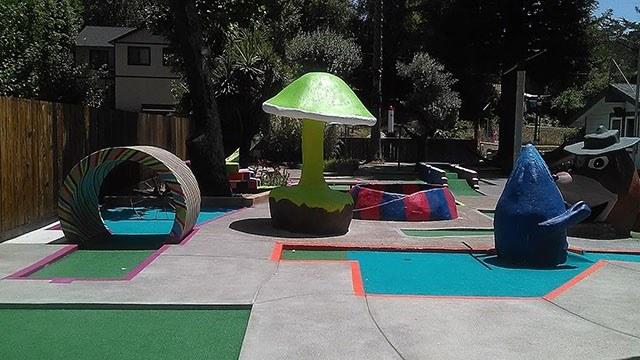 pee wee golf, california